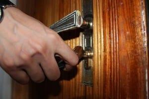hand turning door handle